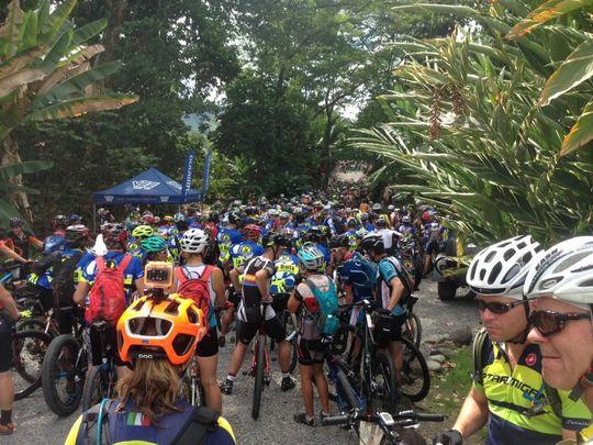 Racers begin the La Ruta de los Conquistadores mountain bike race. (Photo: Mark Lyons)