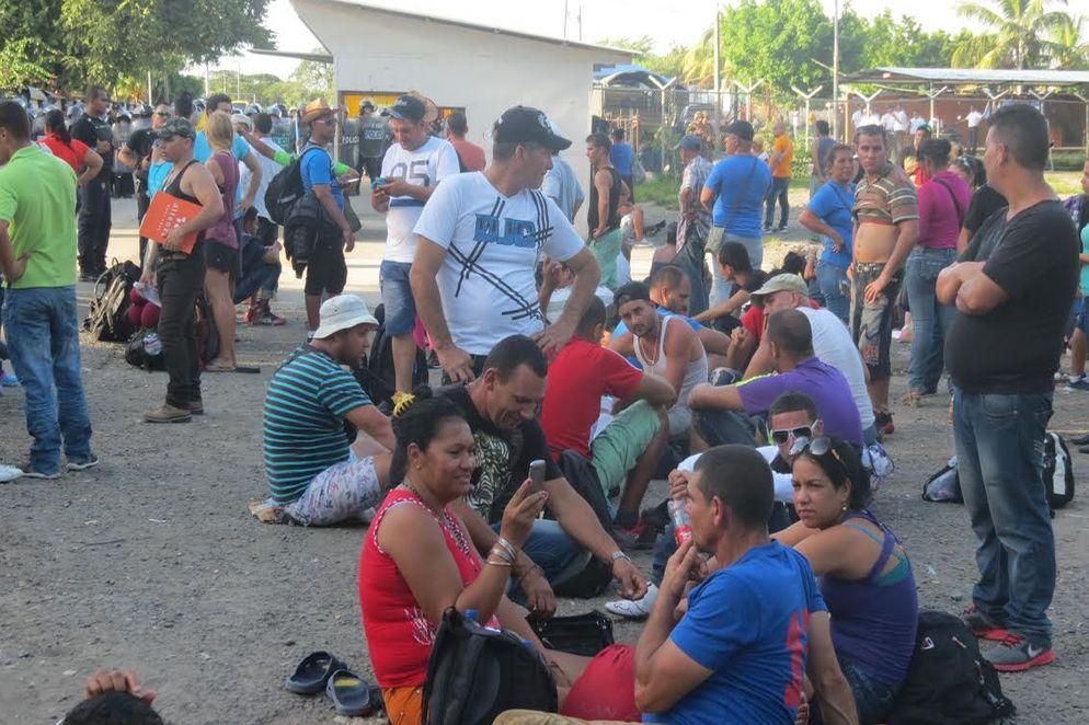 Ejercito-Policia-Nicaragua-Blancas-Previamente_LNCIMA20151115_0232_28