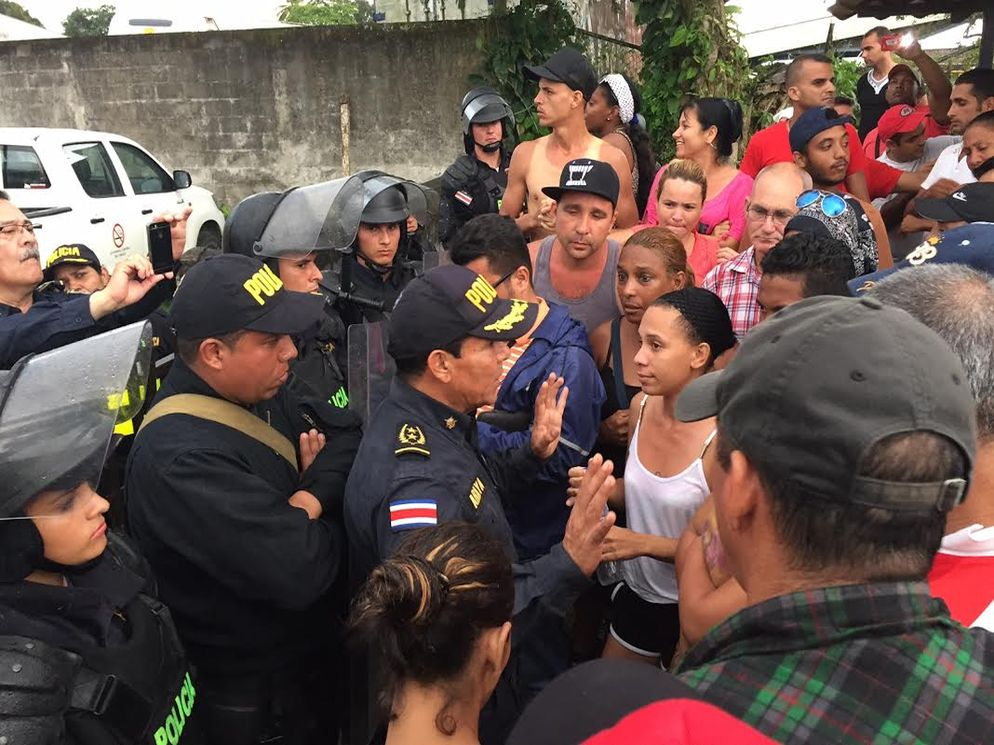 Migracion-fomentando-ingresos-Paso-Canoas_LNCIMA20151113_0259_28