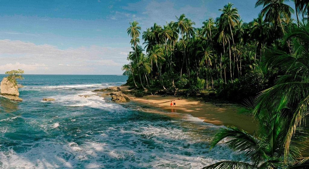 Holiday Guide to Costa Rica: Beaches and Adventures