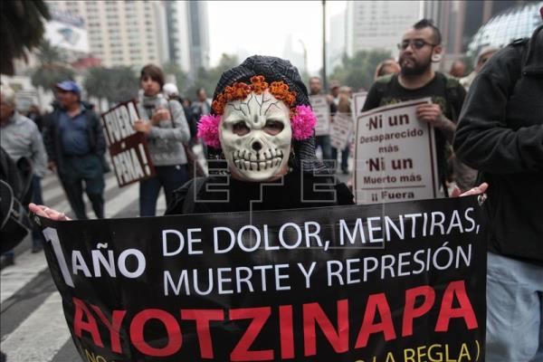 Relatives, classmates and supporters of the 43 missing Ayotzinapa Rural Normal School students stage a protest in Mexico City. EFE