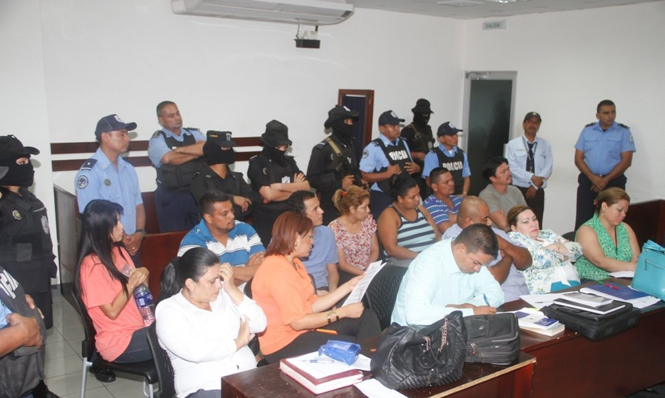 Corella ( in pink) during the hearing in Ninth District Criminal Coutt of Managua, where she was remanded to 30 days preventive detention