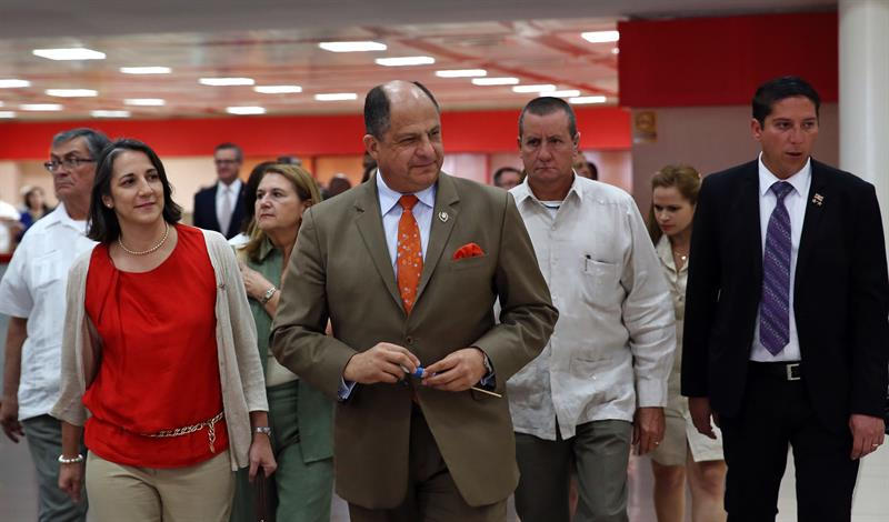 President Solis and his entourdage arrived in Cuba Sunday (December 13)
