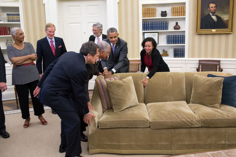 Tico Helps Obama Move His Sofa