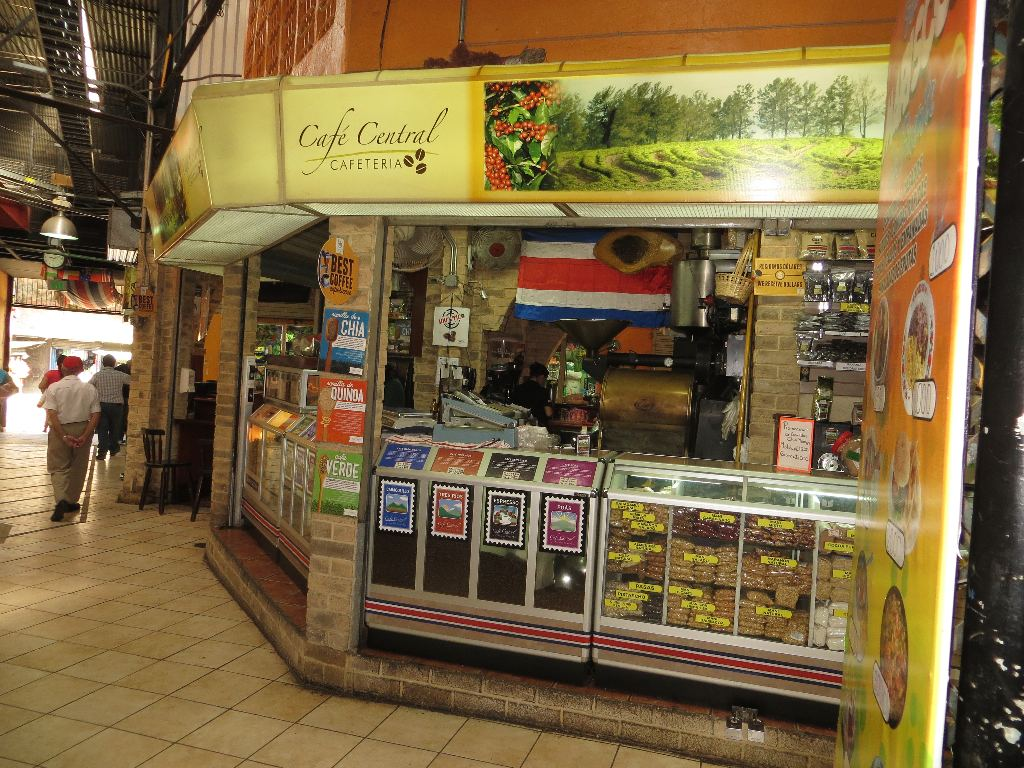 Cafe Central in downtown's Mercado Central, is considered by many coffee aficionados as the premier place in San José to buy freshly roasted coffee beans.