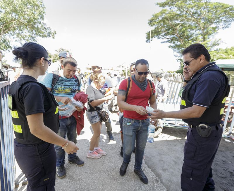 Lat November, a group of Cuban migrants returning to Costa RIca after being rejected by Nicaragua, trying to enter that country illegally.