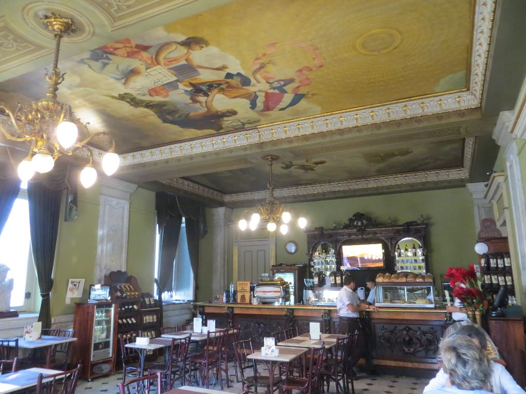 The stately elegance of the cafe at Costa Rica's National Theater (Teatro Nacional) make this the most beautiful place to enjoy a cup of coffee in Downtown San José.
