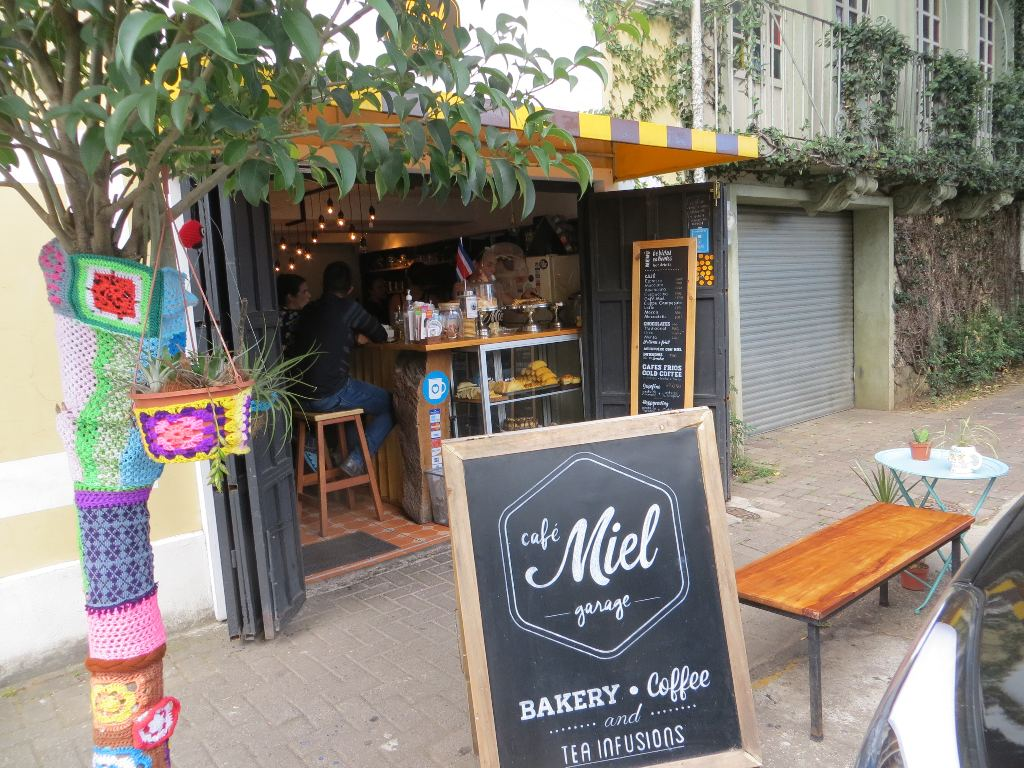 The tiny Cafe Miel, in historic Barrio Amon, is a popular meeting place for students and young professionals.