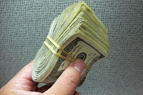 Dollar Tanks, Drops ¢19 This Week