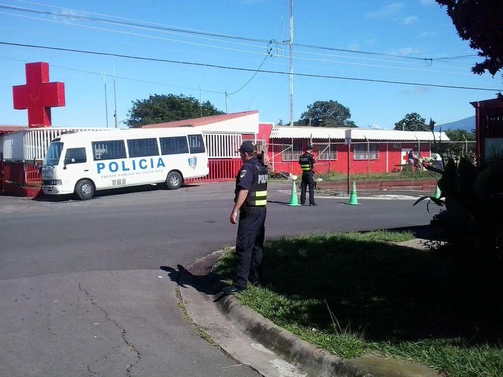 operativos-policiales-Leon-XIII-Tibas_