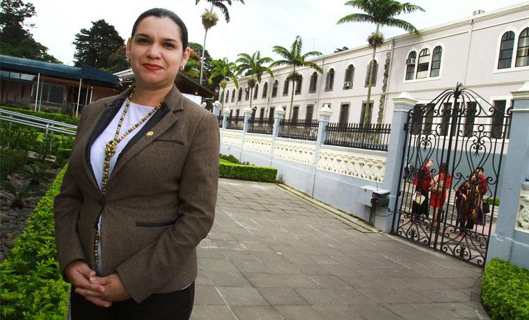 "PLN legislator Karla Prendas the number of tourist arrivals reported by the tourism board are ""false"""