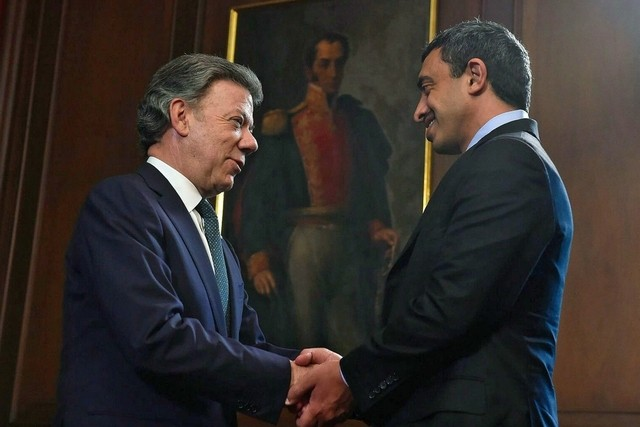 Sheikh Abdullah bin Zayed, Minister of Foreign Affairs, is greeted by the Colombian President Juan Manuel Santos at the Narino Presidential Palace in Bogota. Cesar Carrion / Presidencia de Colombia / AFP Photo