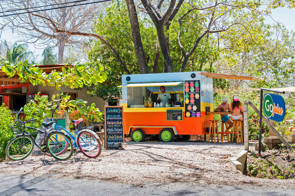 Go Juice, a food truck selling fresh juices. Credit Toh Gouttenoire for The New York Times