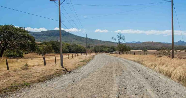 Bad Roads Cut Off La Cruz From Coastal Tourism