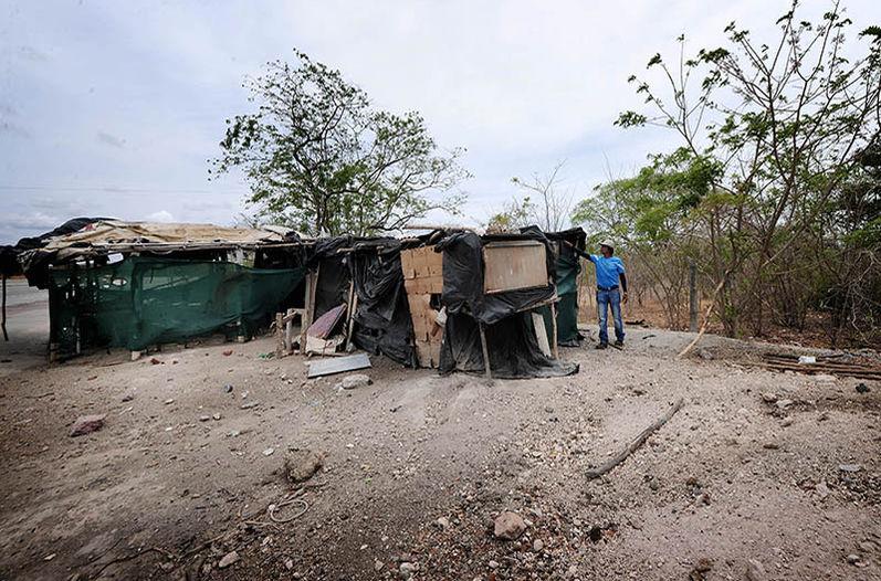 Fruteros-orilla-nueva-Canas-Liberia_LNCIMA20160427_0170_5
