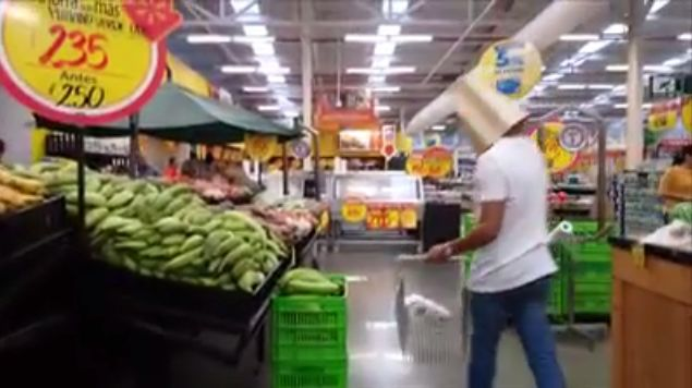 Buying Yuca In Costa Rica Will Never Be The Same (Video)