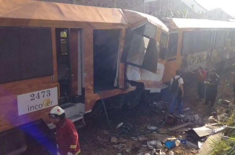 BREAKING: Pavas Trains Crash Head On, 80 Injured