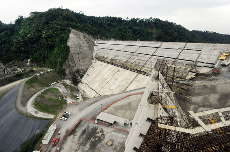 The Reventazón hydroelectric project is the country's largest insfracture work and second Central America, after the Panama Canal expansion.