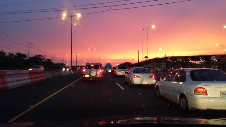 The official Costa Rica tourism website has tips for tourists to avoid traffic congestion.