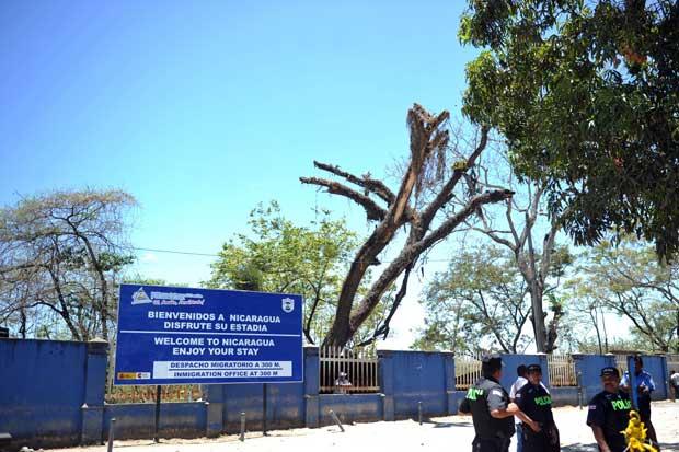 The Nicaragua side of the Peñas Blancas border.