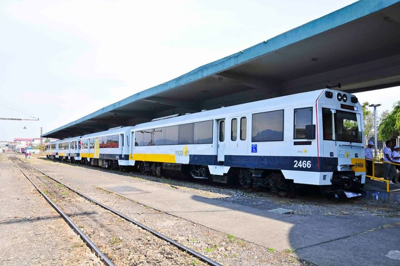 Commuter trains from Cartago to Alajuela were idle this morning