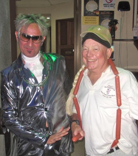 Alberto (aka: The Sausage King) poses with a Rod Stewart look-alike at one of Downtown San José's nightspots. Photo from Mark Wise