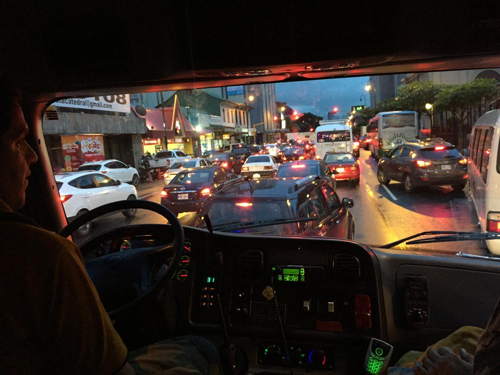 Fire Department Central Station San J ose were caught in a traffic congestion on Second Avenue. According to Manuel Perez, head of that unit, that scenario is something to encounter daily every time they go to meet an emergency, so you have to be looking for alternate routes. | GUSTAVO FAULTS.