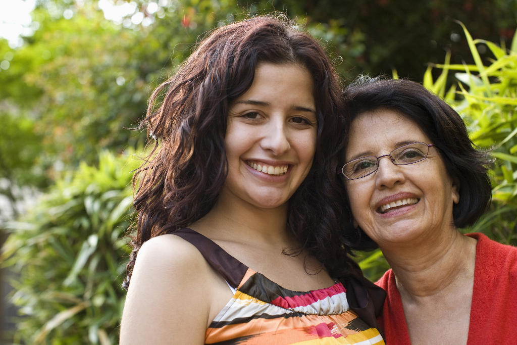 Portrait of a Latina mother and daughter