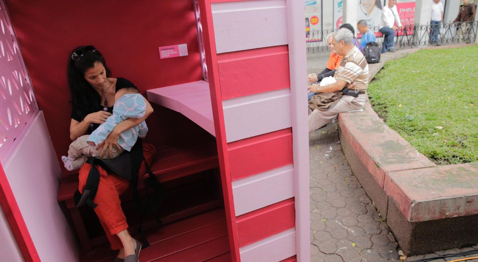 The first breastfeeding cubicle, located in front of the Correos building, was unveiled Friday. The Municipality of San Jose says it will be located a number of the cubicles in strategic locations across the city.