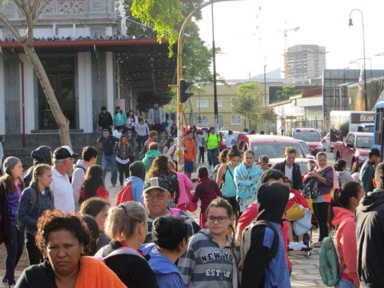 The Cartago Express Brings Weary Pilgrims Back to San José