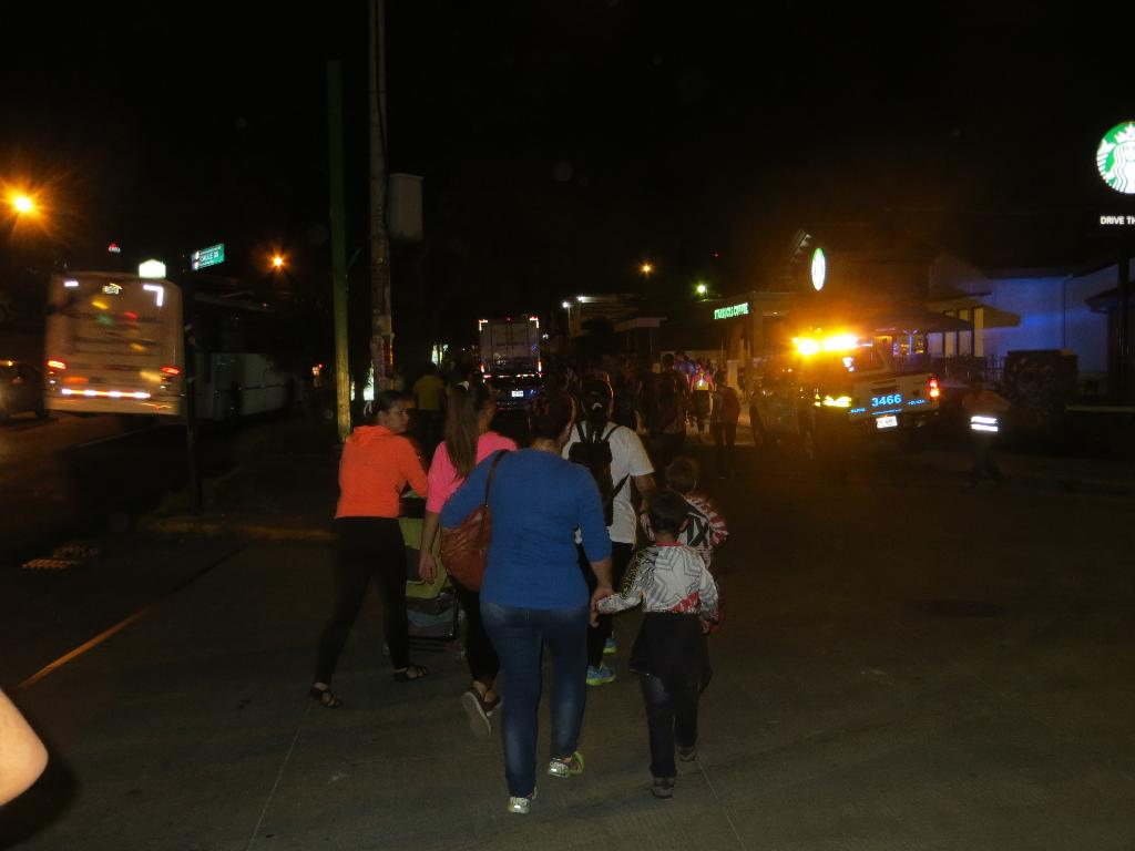 Tens of thousands of pilgrims of all ages walked through the night from Downtown San José to Cartago to pray at the Basilica of Our Lady of the Angels.