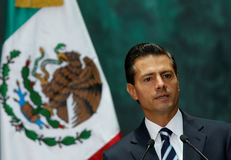 """""""Historic Error"""" Mexicans Accuse Their President In Welcoming Donald Trump"""