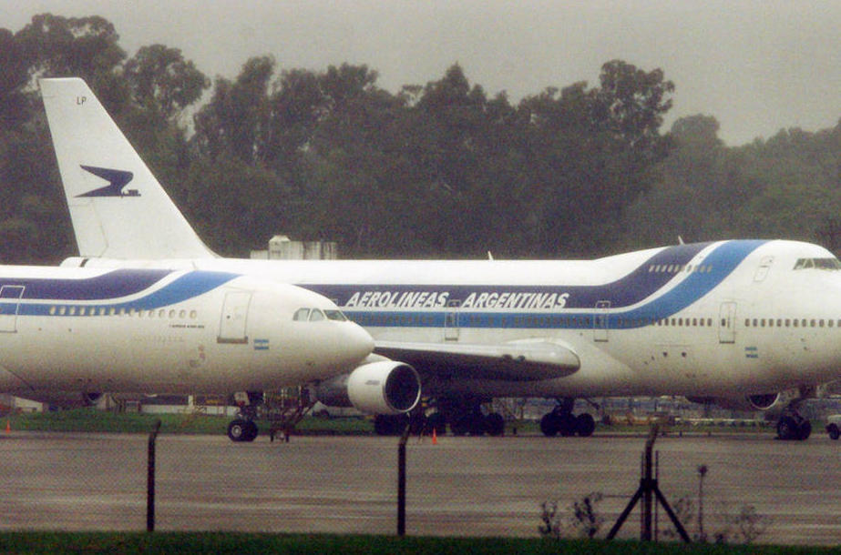 Argentina''s largest airline, Aerolineas Argentinas