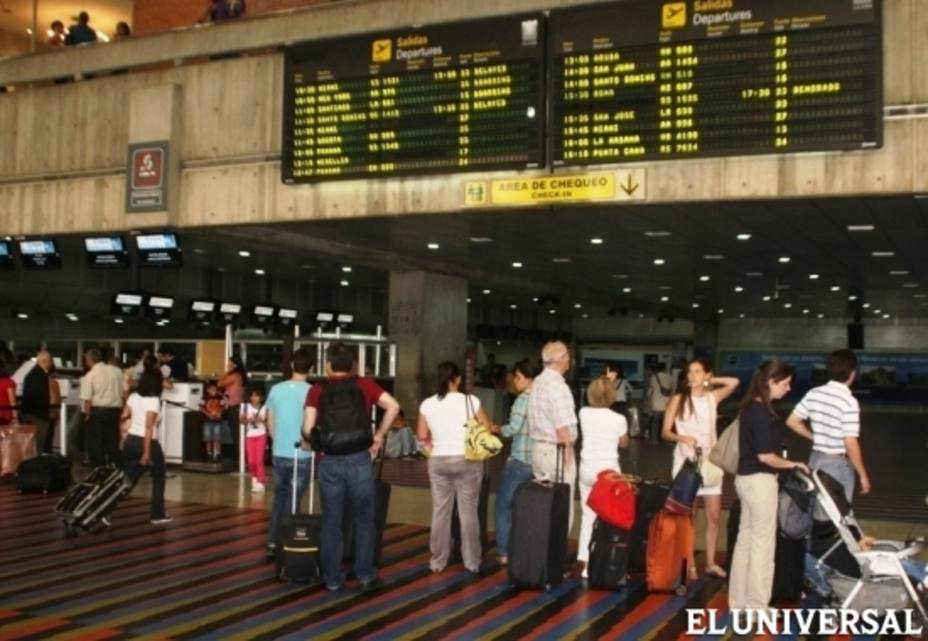 Journalists from Colombia, US and France were not admitted by Venezuelan migration and will be deported to Bogota