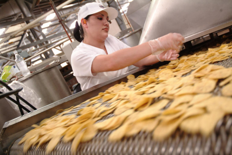 Costa Rica Food Industry Opposes Tax Exemptions for Food