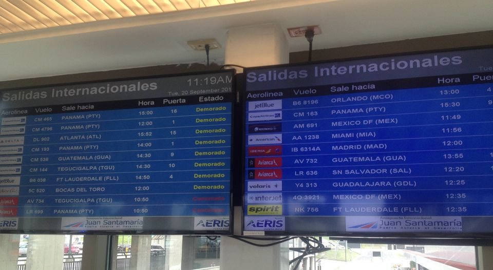 The arrivals and departure boards at the San Jose airport Tuesday, Photo Angeola Avalos, La Nacion