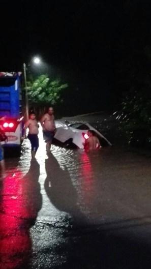 From Sistema de baja presión provoca inundaciones en Península de Nicoya y Cartago Foto 2 de 3 Cortesía Radio Peninsular