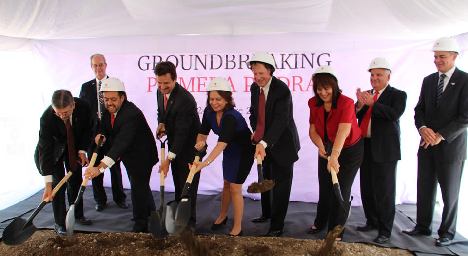 Ground breaking ceremony. Photo from Casa Presidencial