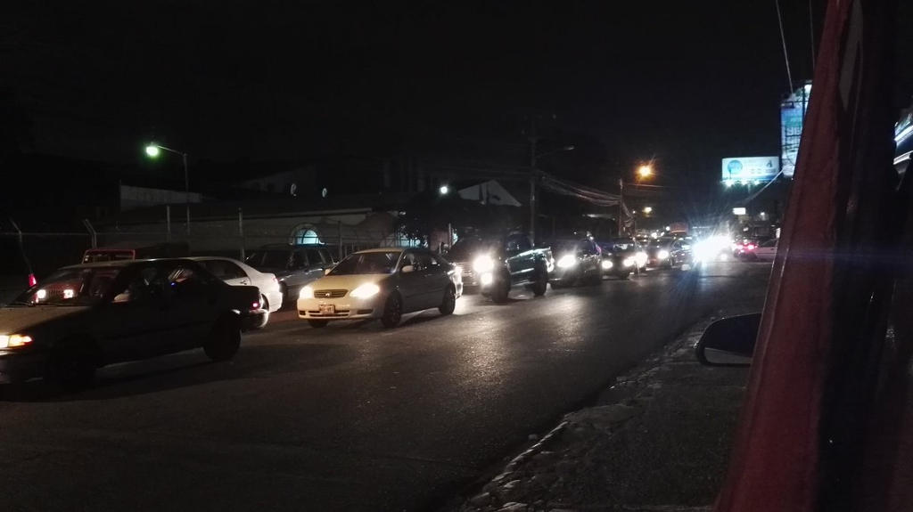 Traffic around the Central Valley was heavy Saturday night. Photo from Trafico Costa Rica Twitter