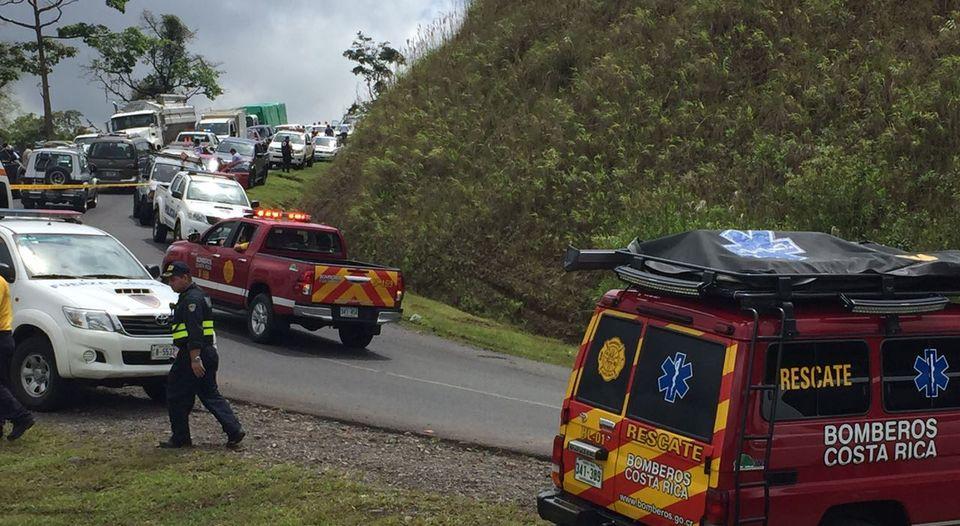 accidente-ocurrio-pasadas-jueves-cinchona_lncima20161020_0085_5