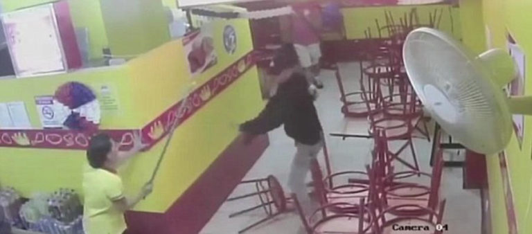 With Broomstick Unforgiving Waitress Fights Off Armed Robbers in Guanacaste