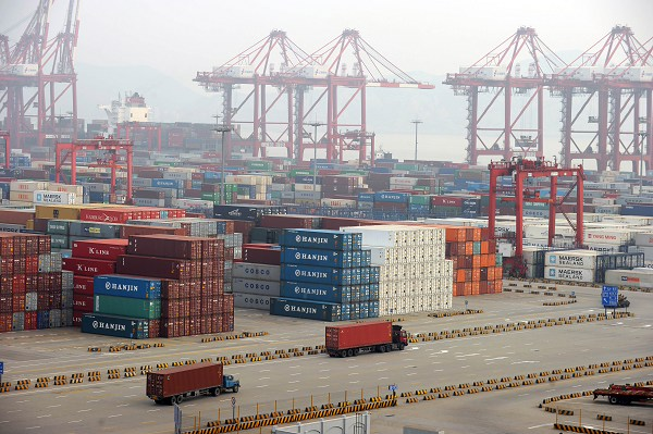 China wants to start talks on a feasibility study for a free trade agreement with Colombia as soon as possible