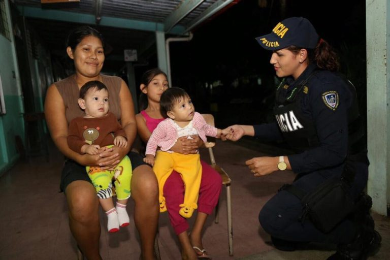 Upala, A Town In Recovery (48 Photos)