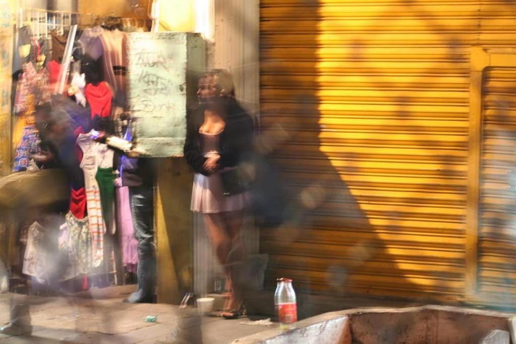 Migrants, especially women and children, are especially vulnerable to sexual exploitation by criminal networks. FLICKR/Víctor Hugo García Ulloa
