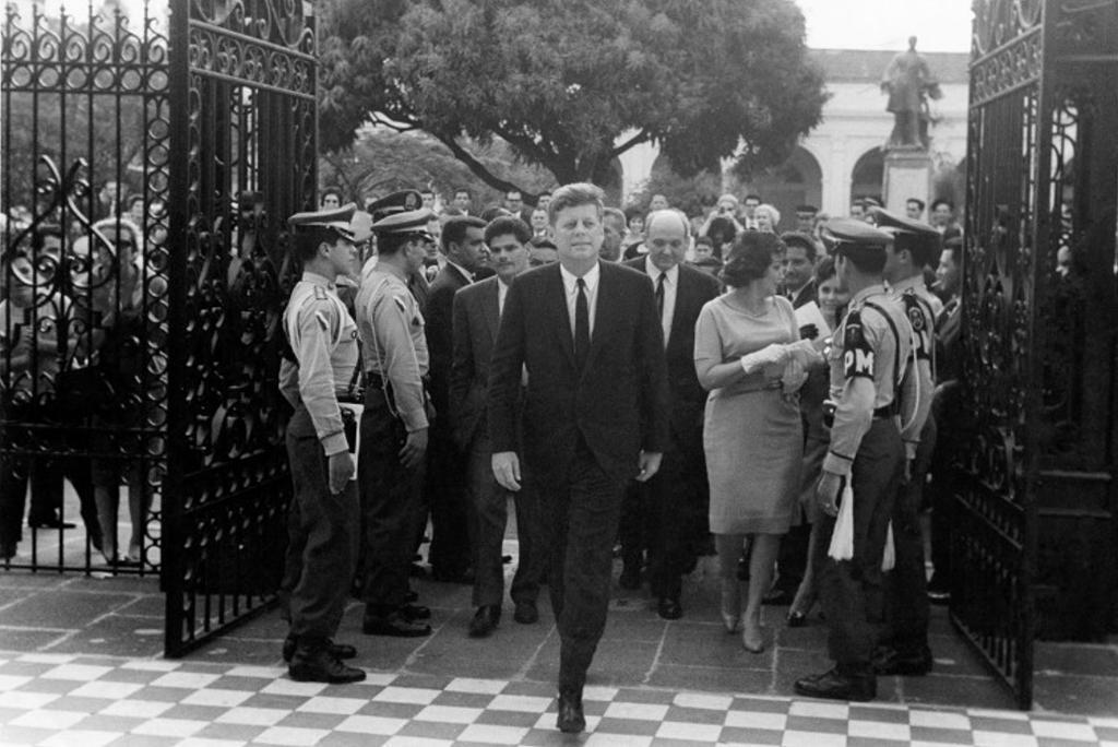 U.S. President John F. Kennedy at the Teatro Nacional, in March 2963. Photo Teatro Nacional archives