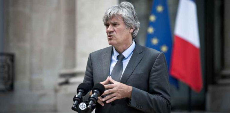 French Government Corrects Minister: Cuba is not a Democracy