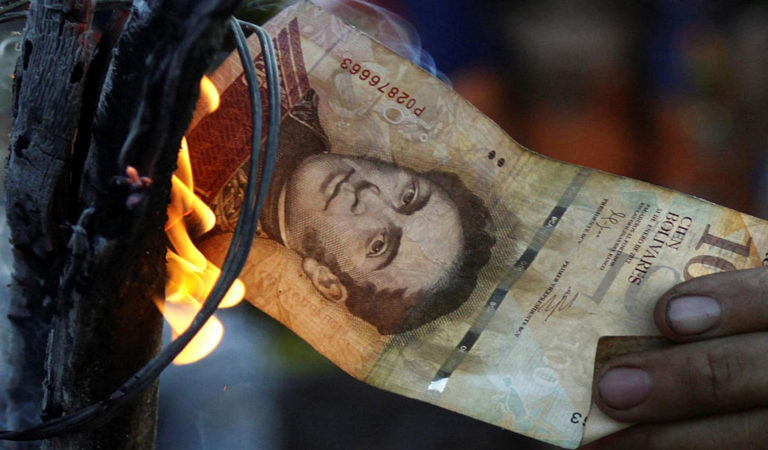 Looting and Protests on Streets of Venezuela Over Cash Chaos