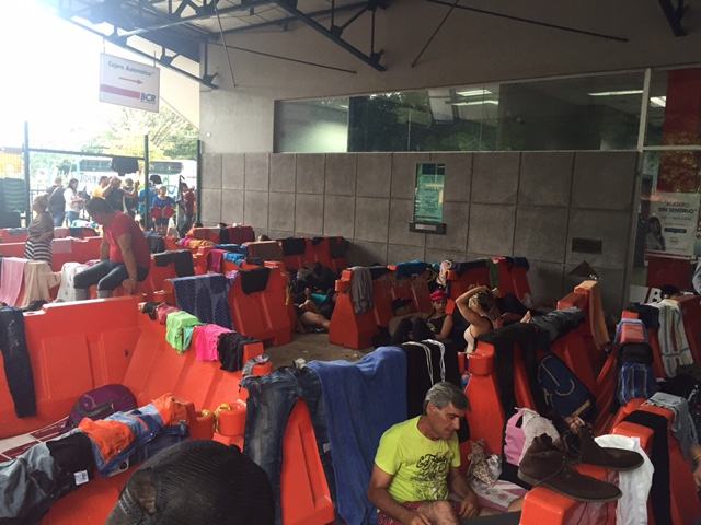 Costa Rica Applauds Obama Policy Change On Cuban Migrants