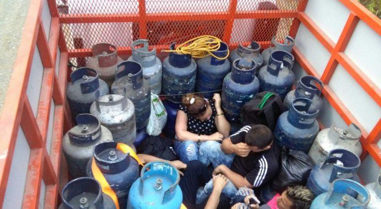 Cuban Migrants Found Travelling Hidden In Truck Between Gas Cylinders