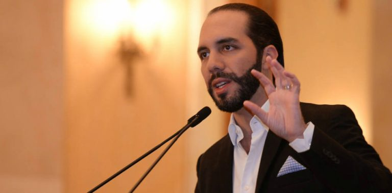 """San Salvador's Controversial """"Millenial Mayor"""" Wages War Against The Press"""